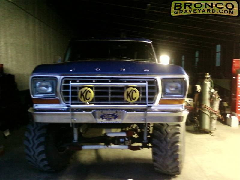 Bronco graveyard registry my diamond plate letters my new kc lights an push bar mozeypictures Image collections