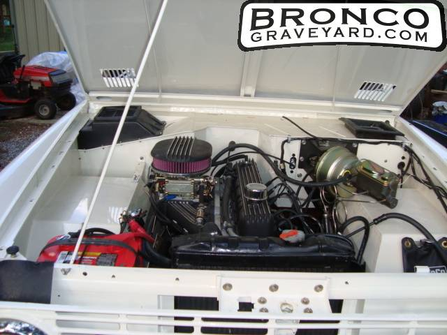 I further Ford Focus Door Sedan Windshield additionally Mercury Tracer also  as well F. on 1985 ford bronco