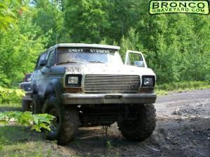 "1979 bronco ""chevystomper"""