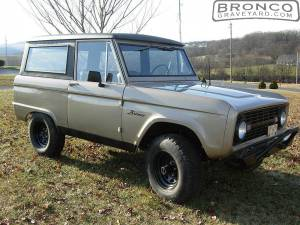 Bronco right-side