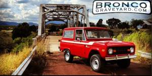 1977 ford bronco - red on route 66