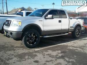Ford f150 with leveling kit